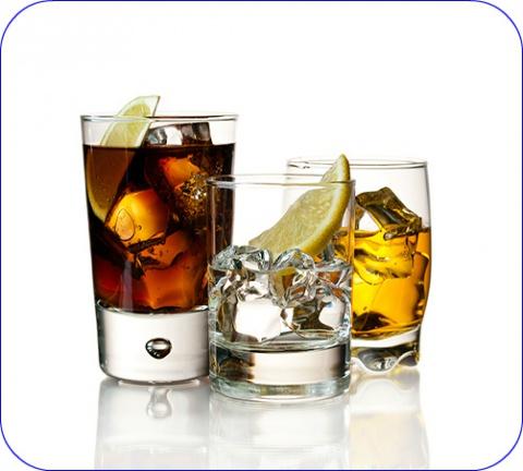 De combinatie medicatie-alcohol kan voor heel wat problemen zorgen.