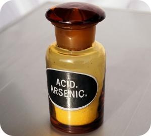 Als er één gif is dat doorheen de geschiedenis een voorname rol heeft gespeeld, dan is het arsenicum.