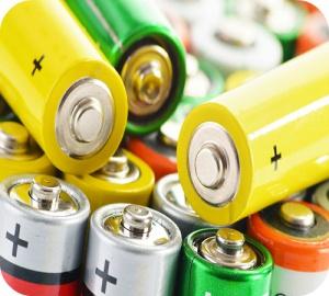 """Welke risico's houden knoopbatterijen, lekkende batterijen en loodaccu's (""""autobatterijen"""")  in?"""